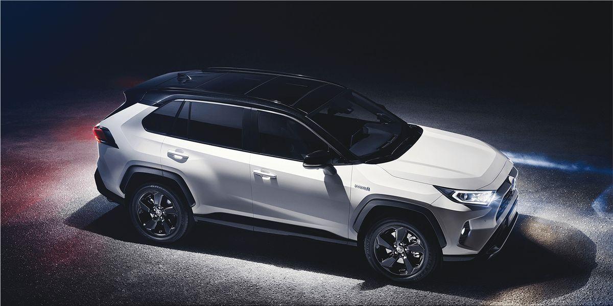 Toyota Presents The New RAV Hybrid At New York International Auto - International car