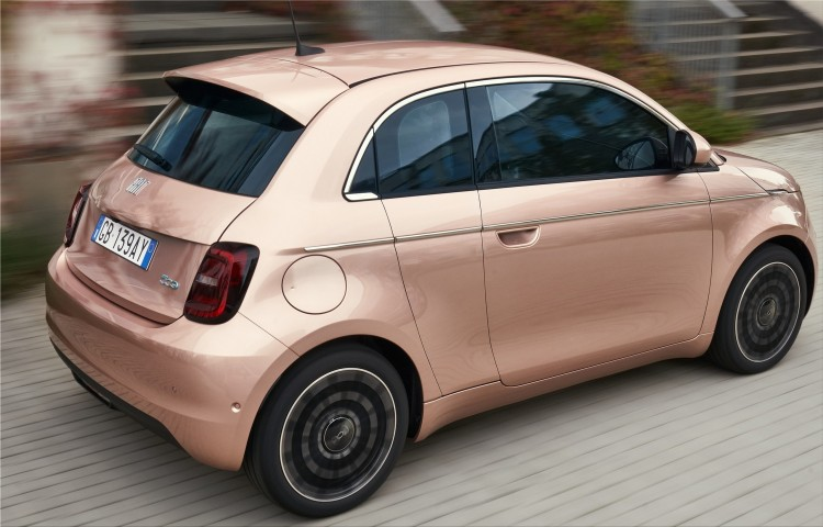 Fiat 500e 3 + 1 electric car