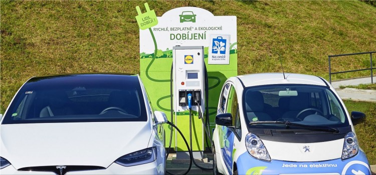 Spanish drivers prefer gas cars over electric cars
