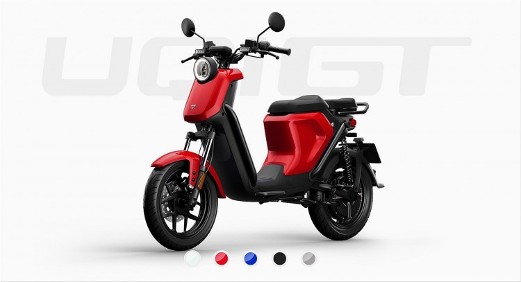 UQi GT electric scooter