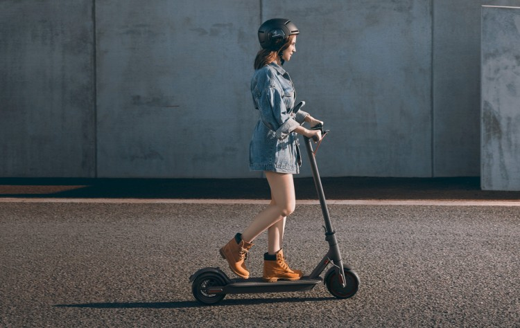 Xiaomi Mi Electric Scooter Pro - 45 km mileage