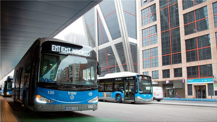 EMT inaugurates free electric bus line