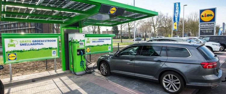 Lidl charging stations for electric vehicles